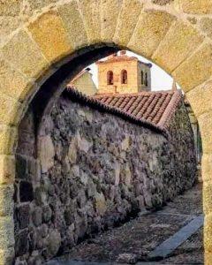 colegiata 2-Bonilla de la Sierra-Avila-España